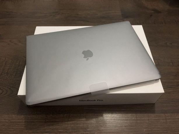 """Macbook Pro 2018r 15"""" 32ram 1tb i7-8750h 2.6Ghz AMD 560X ubezpieczenie"""