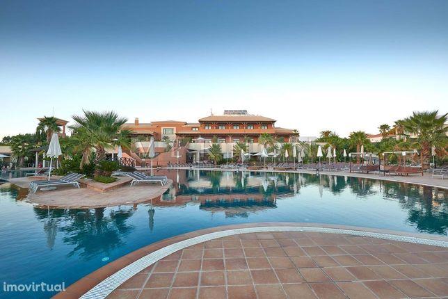 Algarve Carvoeiro para venda moradia geminada T3 de luxo no prestigios