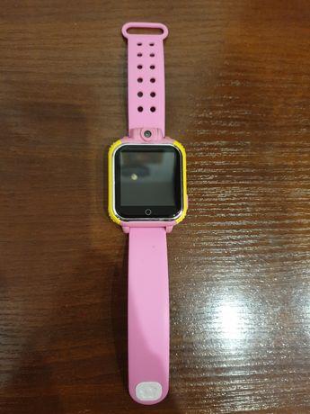 Детские умные часы q100 оригинал,цена 2900,не пользовались.