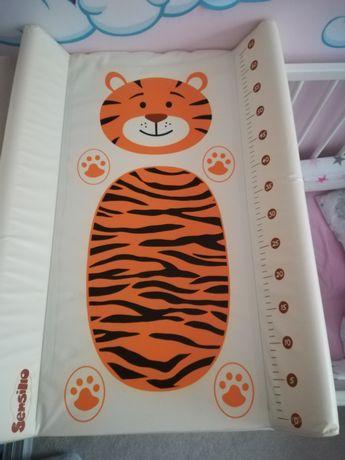 Przewijak niemowlęcy na łóżeczko