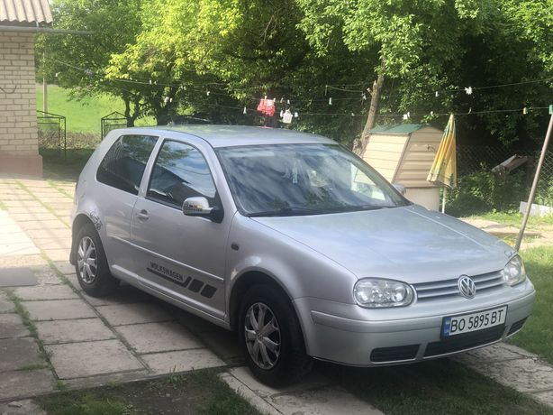 Volkswagen golf4. Гольф4. Газ-бензин.