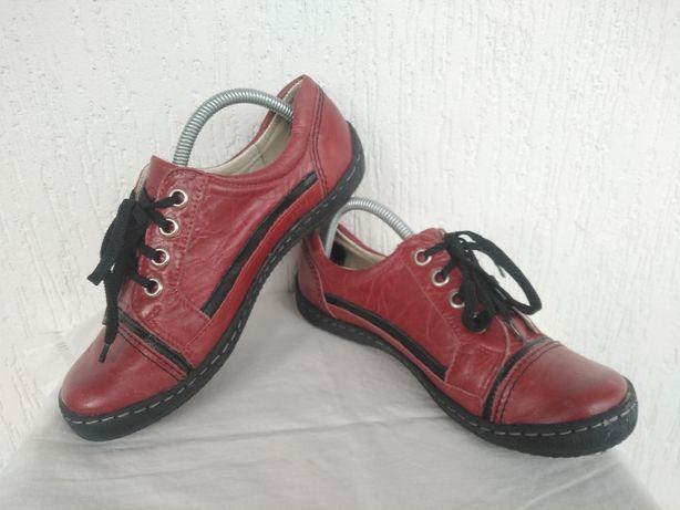 Спортивние туфли,кроссовки кожанние Coutes collection р.37