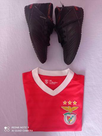 T-shirt Benfica produto oficial e chuteiras futsal Adidas