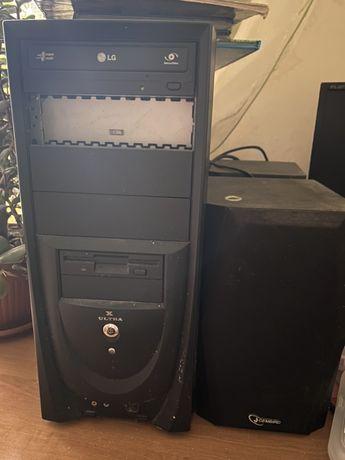 Компьютер монитор мишка клавиатура