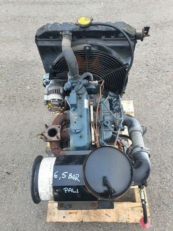 kubota minikoparka silnik kubota D1105 sprawny 18,5kw 3 cylindry