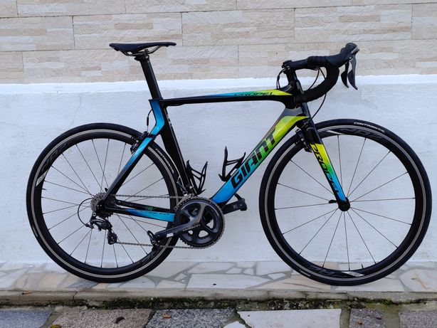 Bicicleta Giant Propel Advanced Pro