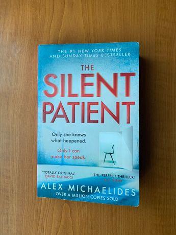 """Книга англійською мовою  """"The Silent Patient""""  (Мовчазний пацієн)"""