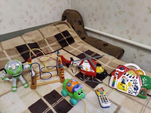 Новые и б/у развивающие игрушки