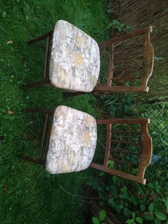 Niespotykane krzesla krzeslo prl antyk? Tapicerka