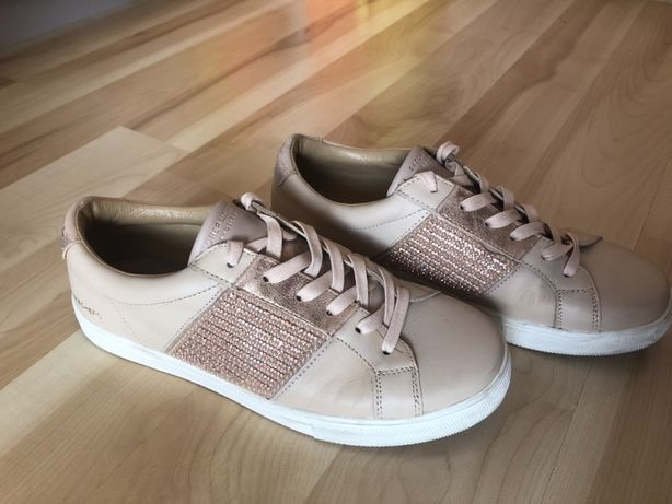 Buty skechers różowe stan idealny 39