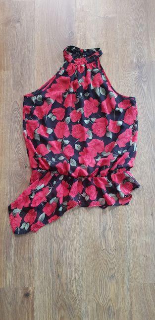 Tiulowa bluzka z odkrytym ramionami