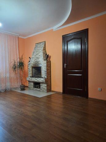 Продається будинок (4 кімнати). М. Красилів, вул. Спортивна