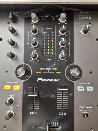 Pioneer DJM 250 MIXER