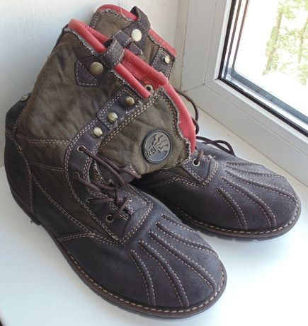 Продам высокие ботинки FAT FACE 41размера, стелька 26,8см Оригинал