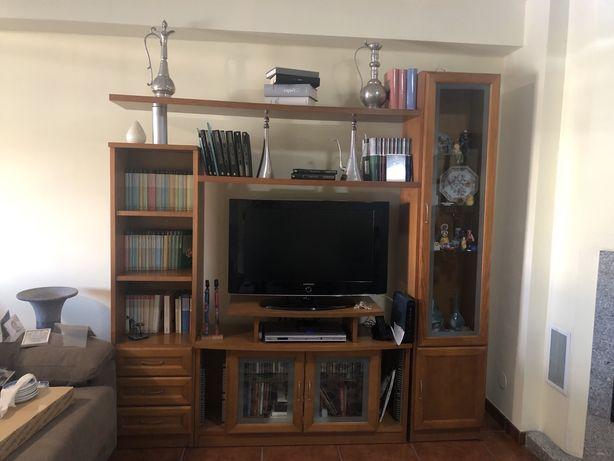Consola para tv com estante incorporada, mód electrificado