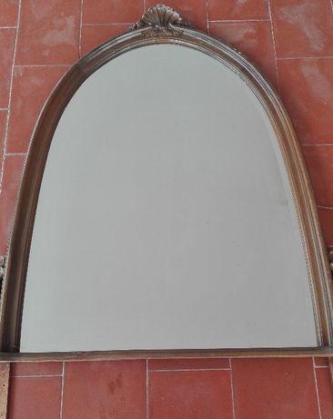 vendo espelho em madeira