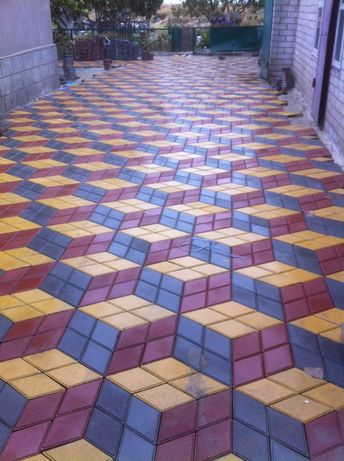 Укладка тротуарной плитки под вибро-плиту