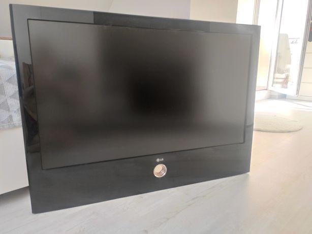 Telewizor 42 cale LG  używany stan idealny .
