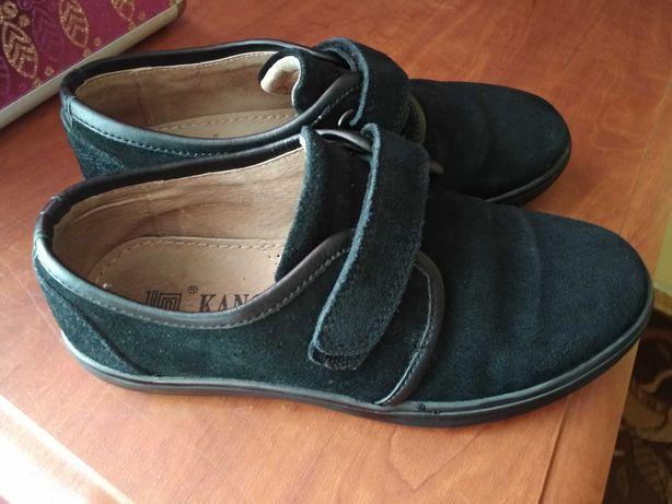 Замшеві туфельки 32 р. (20см. по стельці)