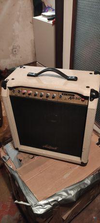 Kombo wzmacniacz basowy lub gitarowy Aria Pro II
