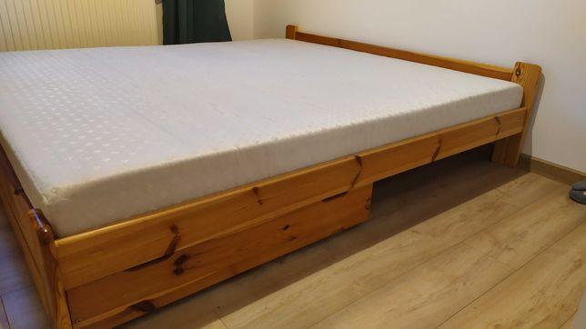 Łóżko 180x200 z materacem, sosna lakierowana, gratis szuflady.