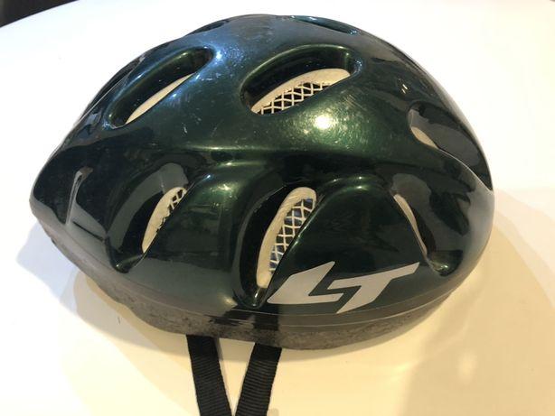 Zielony kask rowerowy chłopięcy