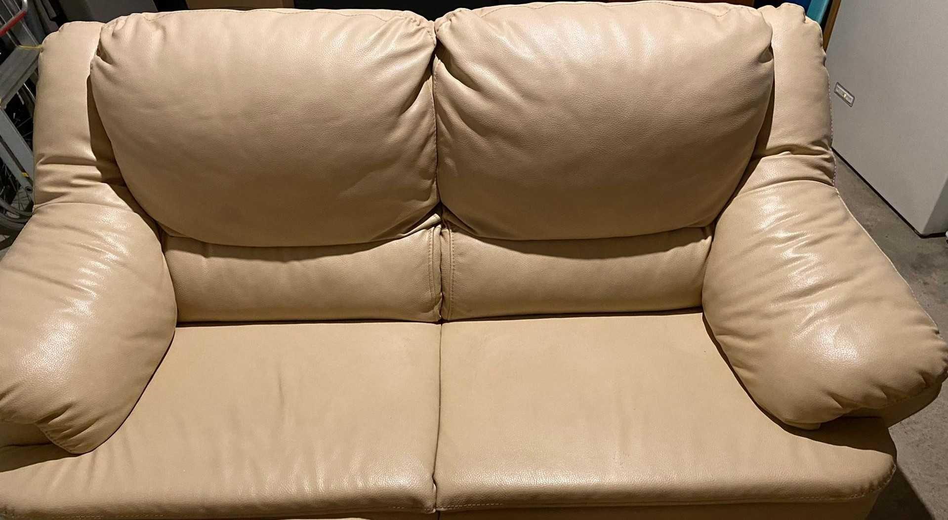 Conjunto de Sofás em pele genuína 1-dois lugares e 2-individuais