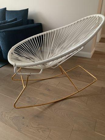 Fotel bujany biały złoty