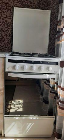 Продам газовую плиту ZANUSSI