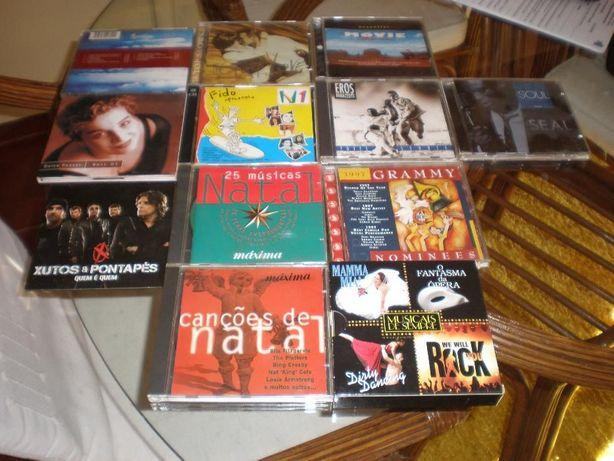 8 CD Música variada