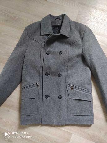 Демисезонное полупальто, куртка на мальчика
