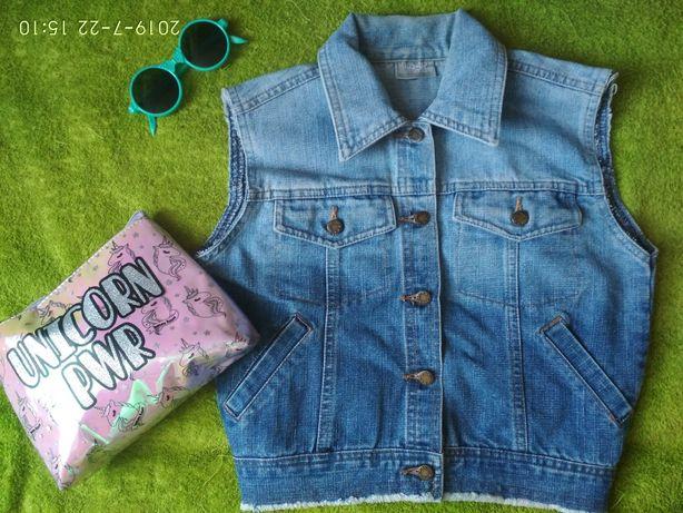 Крутая джинсовая жилетка 128/134