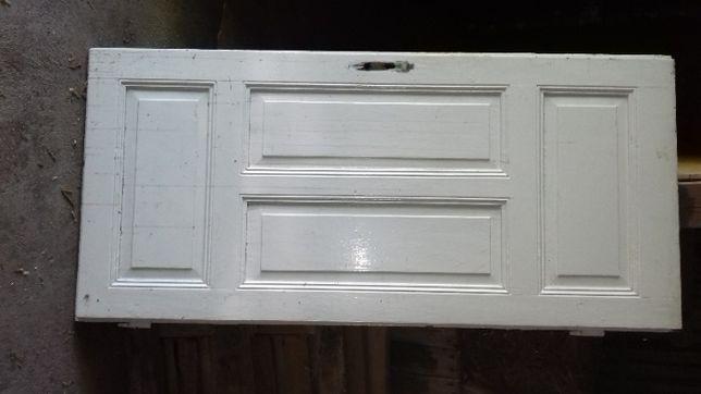 Sprzedam stare drzwi z okuciami