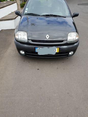 Renault clio 1.2 8v  RT