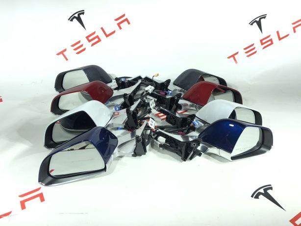 Tesla Model 3 дзеркало