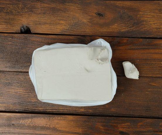 Натуральна біла глина 1 кг - для творчості, ліплення, кераміки