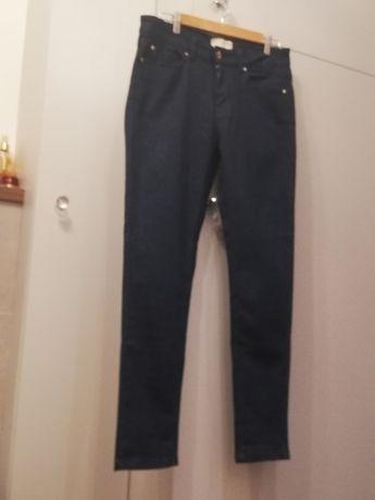 Reserved spodnie jeansy granatowe ze srebrną nitką rozm.40 jak nowe