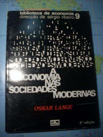 """""""A Economia das Sociedades Modernas"""" - Oskar Lange (1975)"""