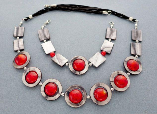 Naszyjnik i bransoletka-z masy perłowej i szkła weneckiego czerwona