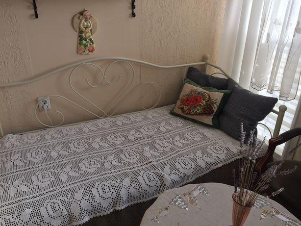 Łóżko w kształcie serca