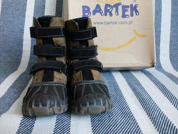 Buty, śniegowce, kozaki, trzewiki na zimę Bartek, rozmiar 29(19cm)