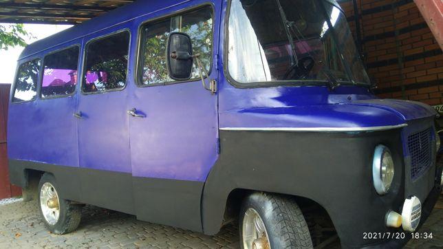 Микроавтобус 1983г. Ретро