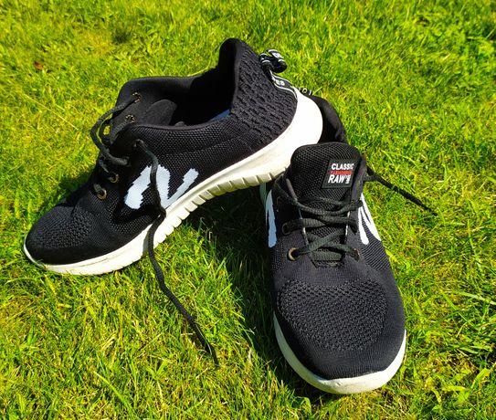 Летние кроссовки 38 размер