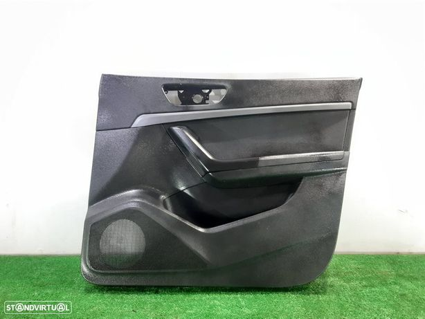 576867014BD Forra da porta frente direita SEAT ATECA (KH7) 1.0 TSI DKRF