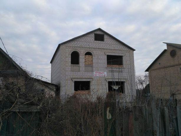 Дом в Буче с городскими коммуникациями 15 соток