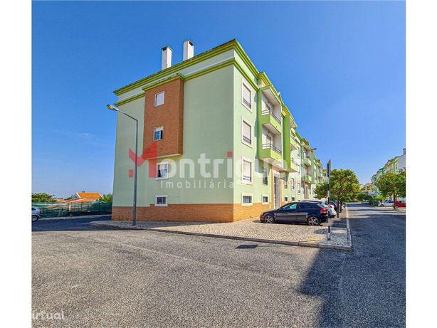 Apartamento T4 Duplex Arrendamento Montijo