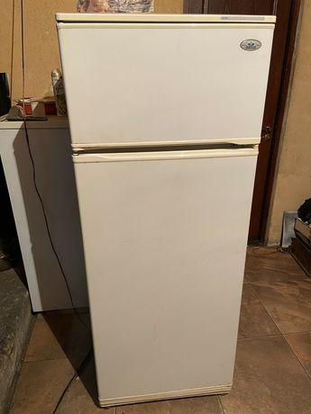 Продам холодильник Минск Атлант - рабочий