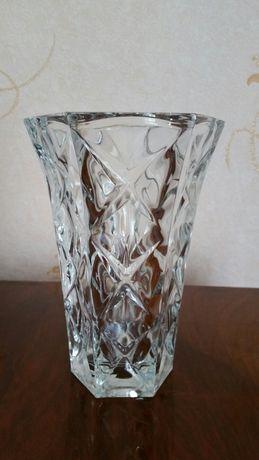 Ваза, стекло СССР 17,5 см.