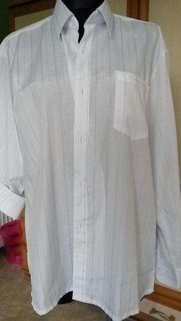Biała koszula meska.