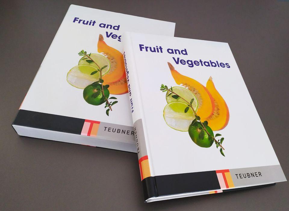 English book Fruit and Vegetables на английском не учебник TOEFL IELTS Киев - изображение 1